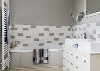 Painted Shaker Bathroom Bath Panel Vanity Unit
